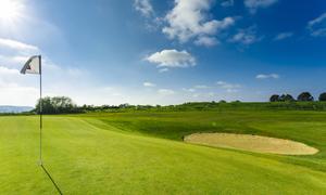 ゴルフ場のグリーンにおけるルール&マナー